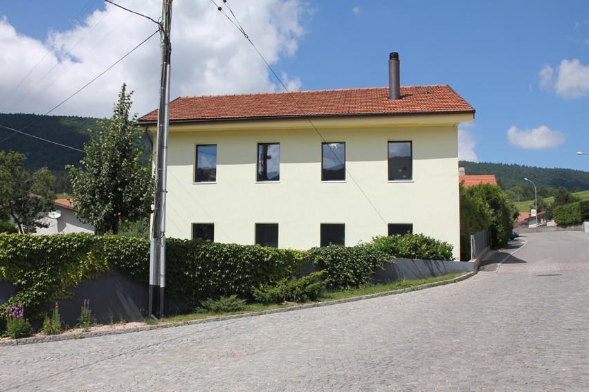 transformation-dune-ancienne-maison-a-malleray-58-436-1